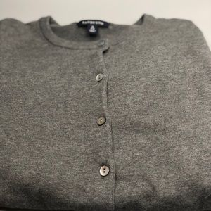 Lands' End gray sweater
